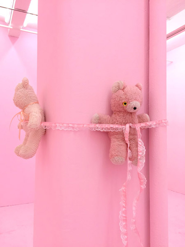 Brian Kokoska, Im So Glad Youre Happy, 2015, vintage teddybears, decorative ribbon, dimensions variable