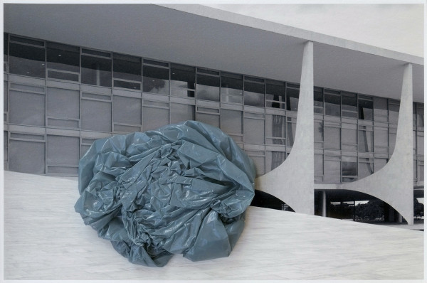 Untitled with plastic bag Gray-Blue, 2015 Plastic bag on Inkjet print, 22 x 33 cm