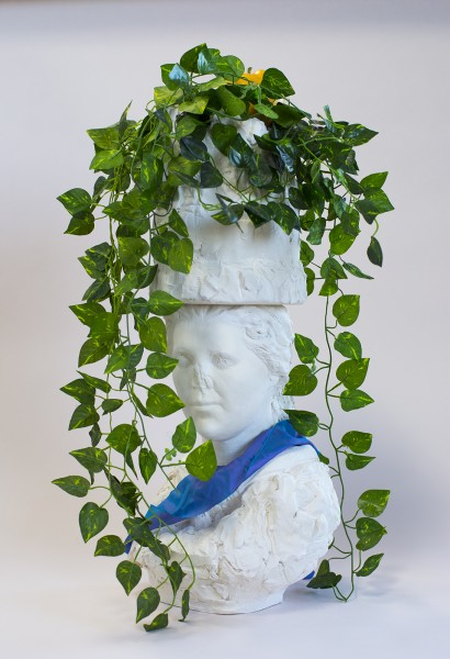 Marc Horowitz, Beneath the pendulous branch of a figtree that has already lost most of its leaves, 2016, Ceramic, fake vine, fabric, 9 x 11 x 27 inches (22.86 x 27.94 x 68.58 cm)
