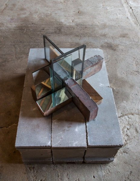 Mario Navarro, Stone Isodomum 15, 2016Brick, wood, glass, mirror, Dimensions variable